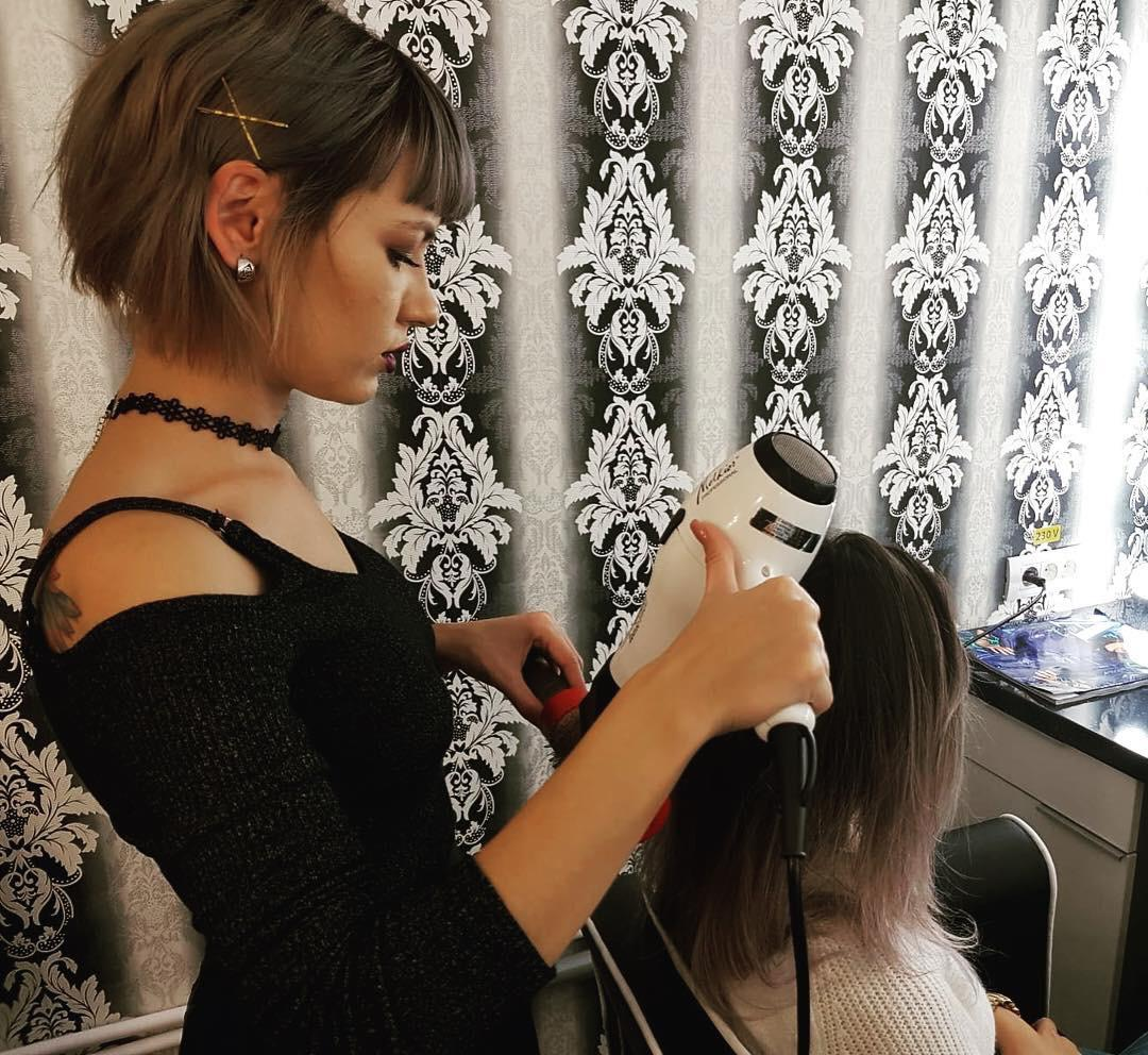 Mihaela Ceornodolea Hair Stylist